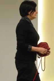 Nicole Panneton - Déambulation dans un lieu incertain - Performance - Art Souterrain Nuit Blanche - Place Bonaventure - Montréal - Crédit photographique Michel Dubé - 2013