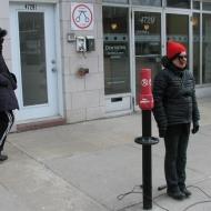 Nicole Panneton - Périmètre tracé - Action performative - Projet Contenant furtif - Montréal - Crédit photographique Evelyne Bouchard - 2013