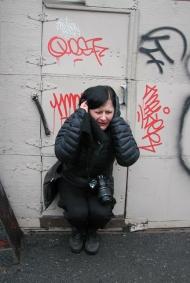 Nicole Panneton - Action performative - Contenant furtif - Crédit Evelyne Bouchard - Contenant furtif - 2013