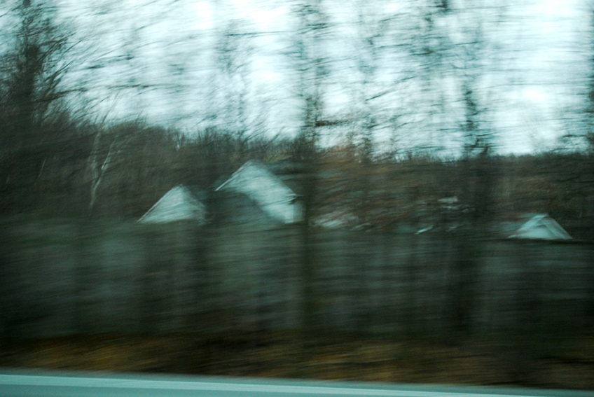 Nicole Panneton - Voir le paysage se défiler - Voyage à New York - De l'autobus - Photographie numérique - Automne 2012